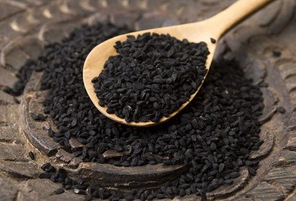 Черный тмин: польза и вред, как принимать, рецепты
