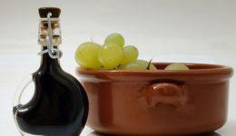 Уксус виноградный