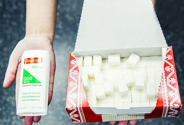 Сахарозаменитель и сахар рафинад