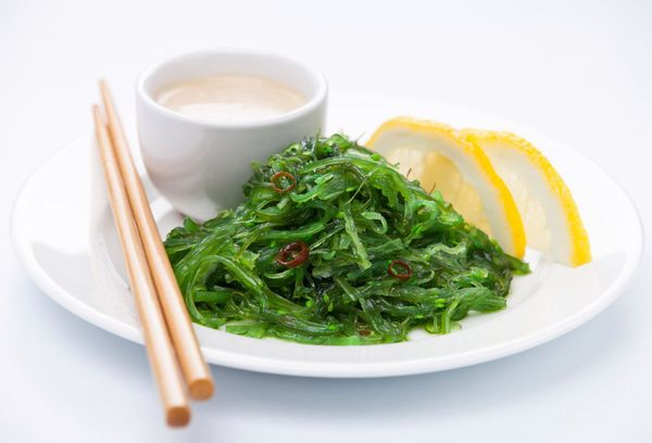 Блюдо из морских водорослей