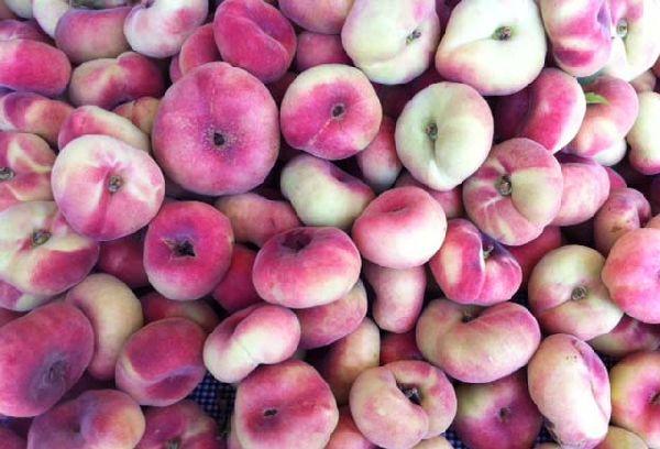 инжирные персики