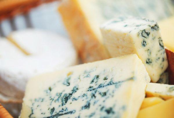 голубая плесень на сыре