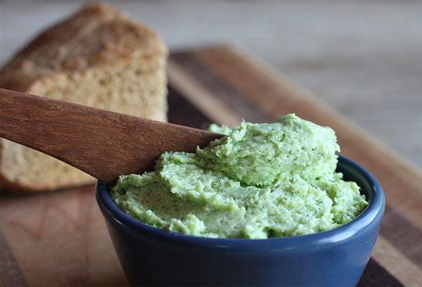 Закуска из хрена с зеленью