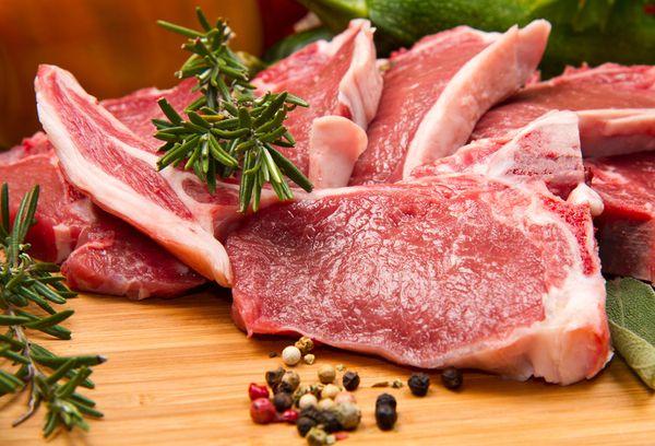 Свежее баранье мясо