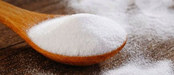 соль на ложке