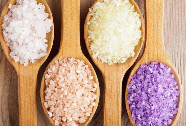 морская соль разных цветов