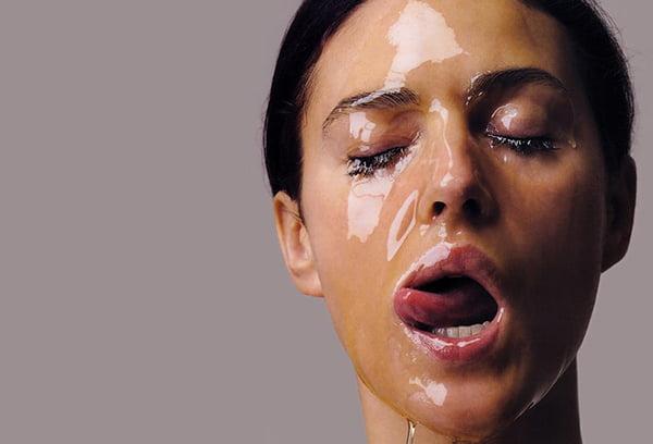 Масло на лице