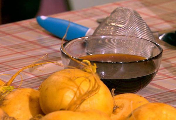Лечебный напиток с соком репы