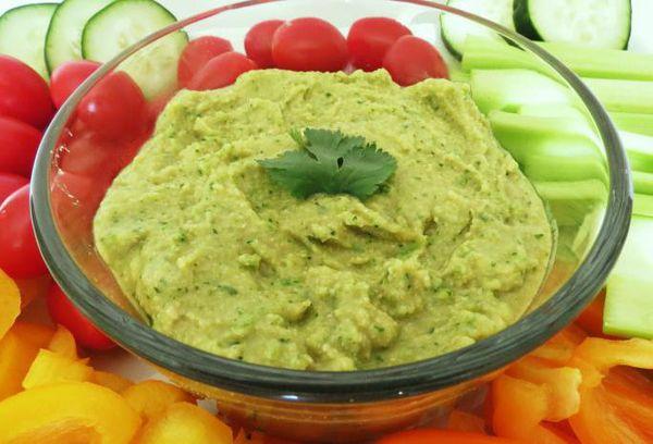 хумус из нута с зеленью