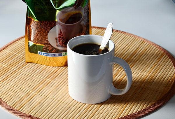 Кружка растворимого кофе