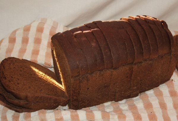 нарезанный хлеб из ржаной муки