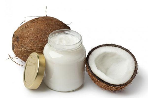 Баночка с кокосовым маслом