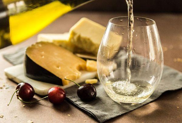 Стакан с вином