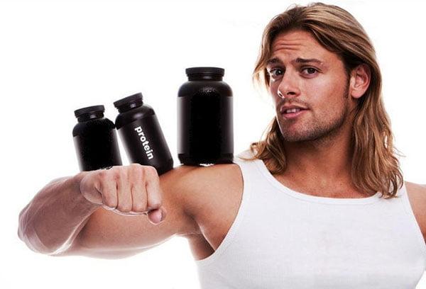 Спортсмен с протеином