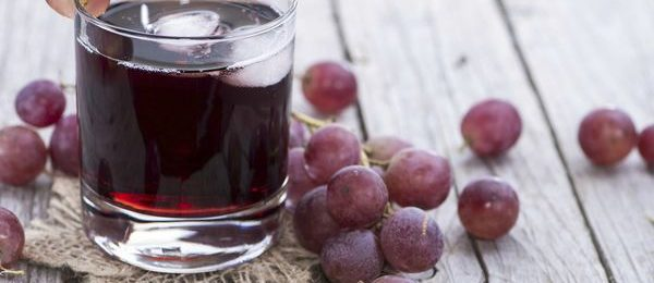 Сок из черного винограда
