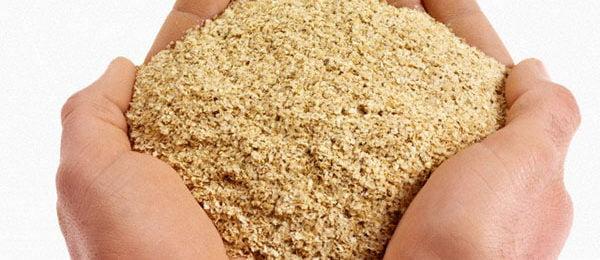 Горсть пшеничных отрубей
