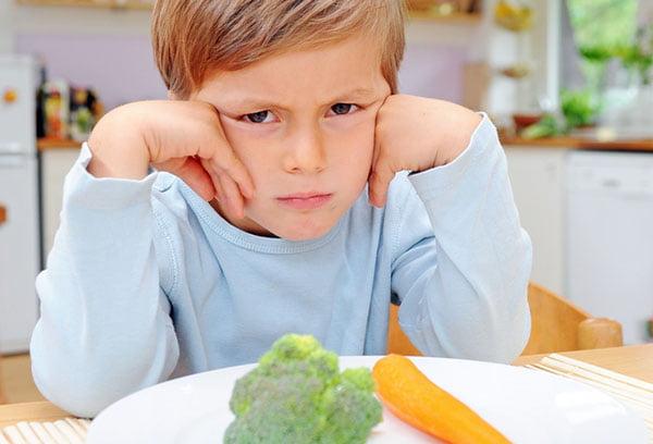 Ребенок не хочет есть овощи