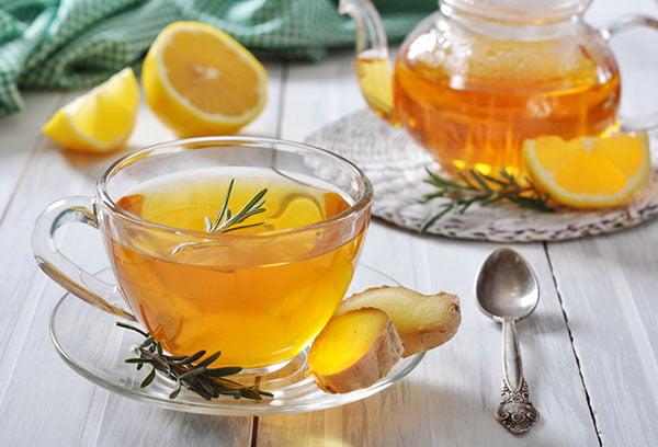 Чай с имбирем и розмарином