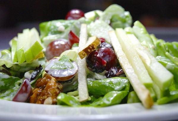 Салат из свежего сельдерея