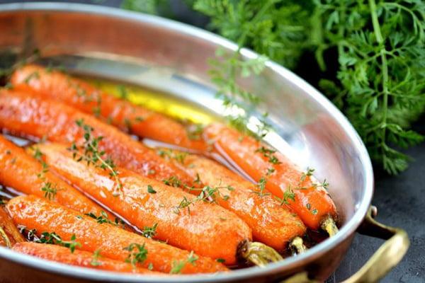 Печеная морковь в масле