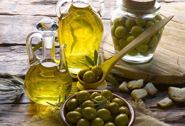 Зеленые маслины