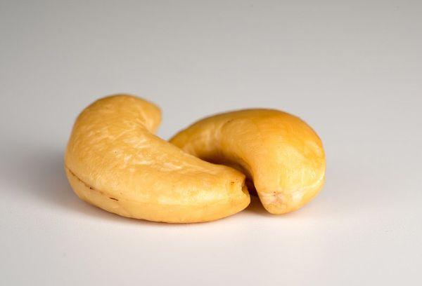 Два орешка