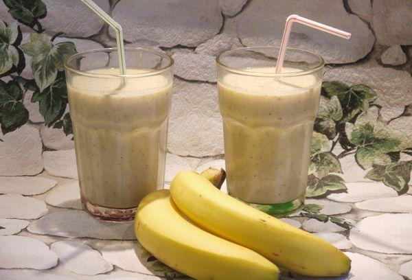 Бананово-овсяный коктейль
