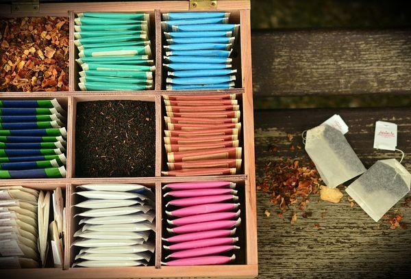 Разные сорта чая в пакетах