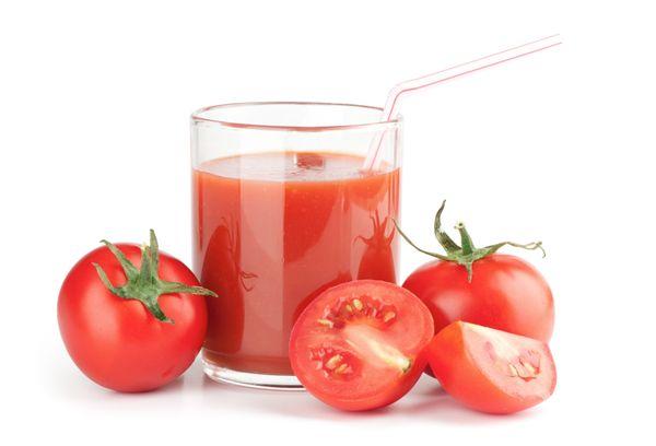 Свежий сок из помидоров