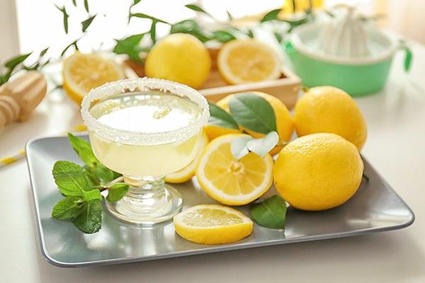 Сок из свежих лимонов