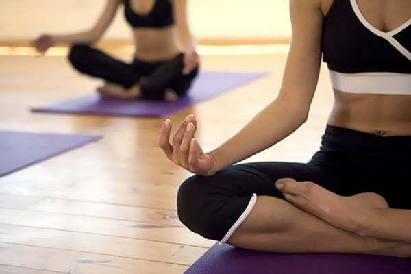 Медитация на занятии йогой