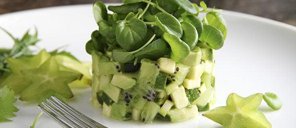 Кресс-салат с киви и авокадо