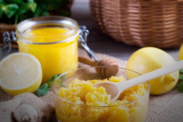 Смесь из лимонов и имбиря для приготовления чая