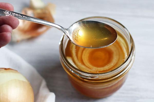 Мед с луком от кашля