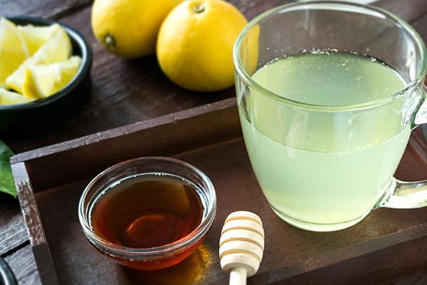 Вода с лимоном и медом от ОРВИ